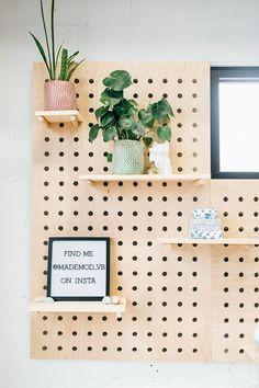 Pegboard shelf : large square x nursery Large Pegboard, Wooden Pegboard, Pegboard Craft Room, Pegboard Display, Garage Tool Storage, Pegboard Organization, Kitchen Pegboard, Craft Rooms, Plywood Shelves