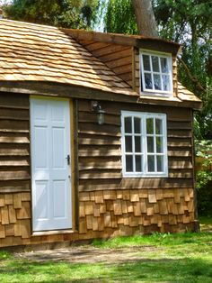 "Coolest Cabins: Bespoke Cedar Cabin in Surrey ""Cozy Cottage"""