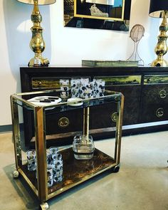 Lets get down to brass tacks.and burl wood! Modern Furniture, Furniture Design, Brass Tacks, Bar Cart Styling, Mid Century Modern Design, Midcentury Modern, Wood Projects, Woodworking Plans, Liquor Cabinet