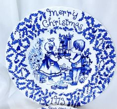 2-Vtg-Blue-Royal-Crownford-China-Norma-Sherman-Christmas-Plates-1973-1974