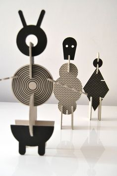 Milimbo – Phylum Fantasticum, cardboard toy Cardboard Sculpture, Cardboard Toys, Cardboard Furniture, Sculpture Art, Cardboard Playhouse, Cardboard Design, Playhouse Furniture, Art Jouet, Paper Art