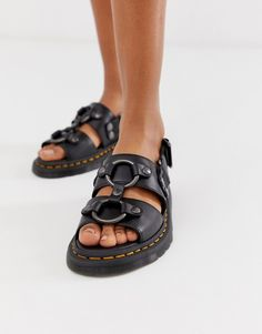 Buy Dr Martens Xabier hardware leather sandals in black at ASOS. With free delivery and return options (Ts&Cs apply), online shopping has never been so easy. Get the latest trends with ASOS now. Black Leather Flats, Black Flats Shoes, Leather Sandals, Leather Boots, Women's Shoes, Dr. Martens, Dr Martens Boots, Chunky Sandals, Strappy Sandals