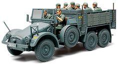 Krupp L2H143 (Kfz.70) Tripulación : 2 Hombres Peso : 4,6 Toneladas Motor : Krupp M 304 (60cv) Blindaje : 8 mm Autonomia : 330 Km en carretera – 250 Km en terreno