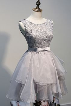 Lovely Scoop A-line Knee Length Organza Lace Grey Homecoming Dress With Sash