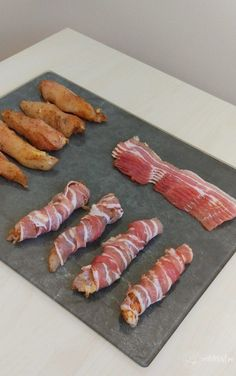 Romanian Food, Bacon, Sushi, Food And Drink, Meat, Ethnic Recipes, Food, Kitchens, Drinks