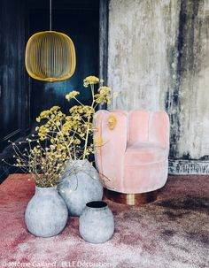 Home decor inspiration interior design design inspiration pink chair yellow Home Decor Inspiration, Room Decor, Decor, Interior Design, Interior Deco, Decor Inspiration, Elle Decor, Art Deco Home, Home Decor