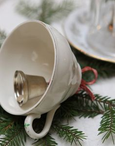 Delightful tea cup Christmas ornament - Top 20 of The Most Magnificent DIY Christmas Decoration Ideas