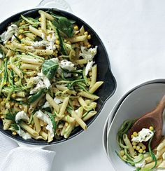 Pasta with corn, shredded marrows and mozzarella