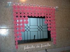 Things to make with material Diy Craft Projects, Sewing Projects, Crochet Curtains, Beaded Curtains, Fabric Art, Fabric Crafts, Handmade Crafts, Diy And Crafts, Valance Patterns