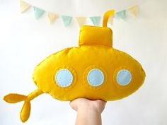 Awesome Etsy listing at https://www.etsy.com/pt/listing/169955438/stuffed-toy-yellow-submarine-felt
