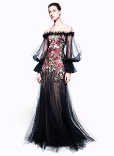 A good concept to combine with the Guado outfits to make a wedding-worthy bridesmaid dress.
