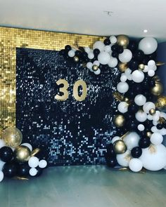 Luxury black sequin backdrop with balloon arch Birthday Balloon Decorations, Birthday Backdrop, Graduation Decorations, Birthday Balloons, Birthday Party Decorations, Sequin Wall, Sequin Backdrop, 30th Birthday Parties, Themed Parties