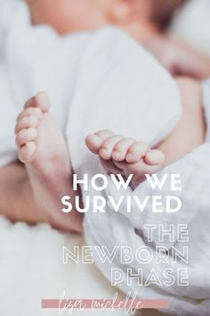 How to Survive the Newborn Phase. Surviving the first week with a newborn. #newborn #baby #babytips #newborntips #momlife #motherhood #whattodowithanewborn #mom #mama Pregnancy Advice, Post Pregnancy, Casual Mom Style, Newborn Baby Care, Baby Hacks, Baby Tips, Baby Eating, Quotes About Motherhood, Baby Development