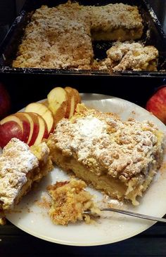 Αφράτη και Τραγανή Μηλόπιτα! Greek Sweets, Greek Desserts, Apple Desserts, Greek Recipes, Apple Cakes, Veal Recipes, Apple Pie Recipes, Cookie Recipes, Dessert Recipes