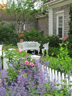 24 Gartenideen für kleine Gärten - Wie Sie Ihren Außenbereich schöner machen