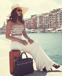 priyanka chopra for dil dhadakne do Bollywood Actors, Bollywood Celebrities, Indian Celebrities, Priyanka Chopra, Miss Mundo, Western Wear, Summer Looks, Deepika Padukone, Indian Actresses
