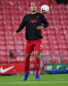 Virgil Van Dijk, Fc Liverpool, Sport Outfits, Sporty, Soccer Stuff, Clothes, Style, Fashion, Soccer