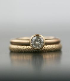 Browse covetable rings in an array of styles – from antique to minimalist – on the Etsy Blog. #etsyweddings