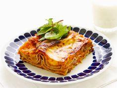 Lasagne à la Mustapekka Finnish Recipes, Rice Recipes, Cabbage, Pasta, Vegetables, Cooking, Ethnic Recipes, Food, Finland