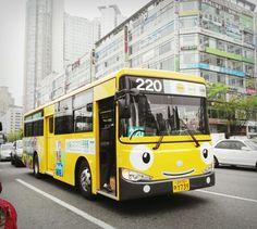 "cute little bus, ""Tayo"" 꼬마버스 타요, Korea"