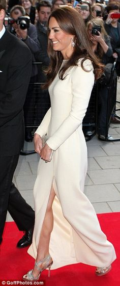 Wow the duchess actually looks..... dare I say ....... Sexy !