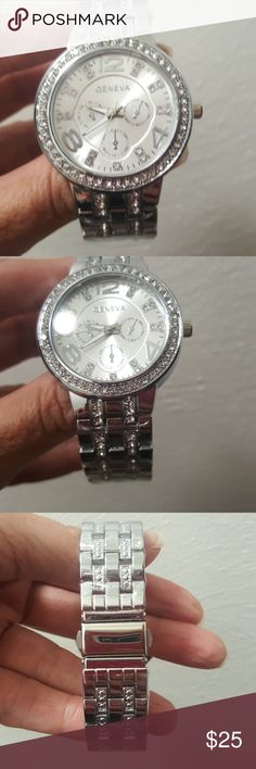 Silver Rhinestone Quartz Wrist Watch Silver Rhinestone Stainless Steel Quartz Wrist Watch w/Clasp Closure Accessories Watches