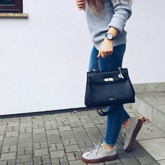 🙌🙌 #girl #polishgirl #poland #musthave #outfit #oldharry #fashion #blogger #essentials #polskadziewczyna #lifestyle #girlythings #picardlederwaren #picardbag #picard #beauty #watch #timepiece #watchporn #cluse #timepiece #mypicard