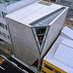 上方落語協会会館, Kamigata Rakugo Association Hall, Osaka, Japan by Ken Lee 2010, via Flickr
