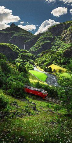 #Flam #Railway, #Norway http://en.directrooms.com/hotels/country/2-39/