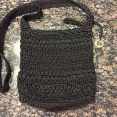 The Sak bag Boho style Crochet cross body bag, like new The Sak Bags Crossbody Bags
