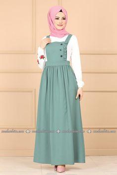 Modest Fashion Hijab, Muslim Fashion, Modest Outfits, Fashion Dresses, Simple Dresses, Nice Dresses, Girls Frock Design, Classy Work Outfits, Hijab Fashion Inspiration