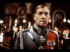 Richard III - Ian McKellen, Robert Downey Jr, Annette Bening, Kristen Scott Thomas, Maggie Smith, etc. - Original Trailer -- ♥ Love this movie