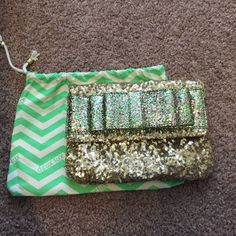Deux Lux glitter gold clutch Gorgeous evening bag. Mirror cracked in top right corner Deux Lux Bags Clutches & Wristlets