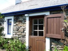 Love the stable door look :)
