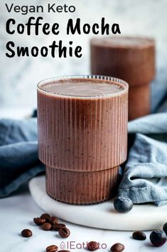 A keto smoothie recipe for all the coffee lovers! This keto coffee mocha smoothie requires only 4 ingredients and its naturally sweetened with blueberries. This smoothie is delicious and creamy. It's the perfect keto and low carb snack or breakfast. Keto Smoothie Recipes, Vegan Keto Recipes, Low Carb Smoothies, Ketogenic Recipes, Keto Desserts, Ketogenic Diet, Drink Recipes, Dinner Recipes, Healthy Recipes