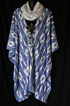 Natural weave Ikat Cotton Kaftan by MollyKaftans on Etsy Kaftan Abaya, Kaftans, Casual Wear, Casual Outfits, Looks Style, My Style, Batik Kebaya, Cotton Kaftan, Natural Weave