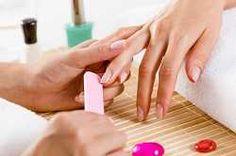 #Manucure #parfaite Comment réussir une manucure parfaite ? Découvrez nos astuces immanquables !
