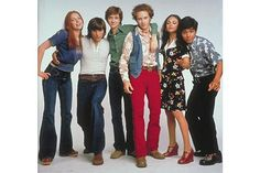 That '70s ShowWhen it came to teenage style in the '70s, this beloved comedy made sure to depict stoner ease in exactly the way you hope your parents dressed — in denim bell-bottoms, psychedelic prints, and feathery hair. #refinery29 http://www.refinery29.com/tv-period-costumes#slide-10