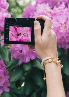 #leica Leica Camera, Bee Happy, Classy Outfits, Bloom, Spring Summer, Pearls, Girls Wear, How To Wear, Flowers