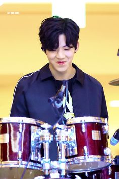 Dowoon get in my bed uhgggg Pop Bands, K Pop, Day6 Dowoon, Kim Wonpil, Young K, Entertainment, Luhan, Pop Group, Couscous