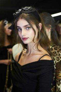 Dolce & Gabbana Fall Winter 2016-17 Womenswear Fashion Show Backstage with Taylor Hill on Dolcegabbana.com.