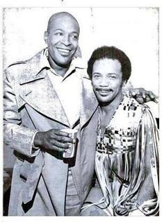 Marvin Gaye and Quincy Jones. Marvin shaved off his hair and performed a charity concert for a friend with cancer Marvin Gaye, Music Icon, Soul Music, Indie Music, Black Celebrities, Foreign Celebrities, Black Actors, Celebs, Quincy Jones