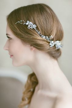 Save 10% on Pearl Bridal Headpieces From Lavender By Jurgita | Photography by http://monikadovidaite.com/