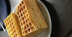 Rezept Belgische Waffeln mit Vanille von snolli – Rezept der Kategorie Backen s… Recipe Belgian waffles with vanilla from snolli – recipe of the category baking sweet Pancakes From Scratch, Pancakes Easy, Pancakes And Waffles, Pancake Muffins, Funnel Cake Recipe Easy, Easy Cake Recipes, Sweet Recipes, Pancake Healthy, Best Pancake Recipe