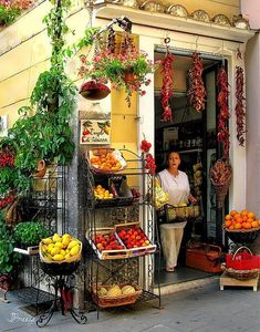 Mindori Village - Amalfi Coast, Italy  Amazing food and culture   #zimmermanngoesto conexaoeeuropa.bl...