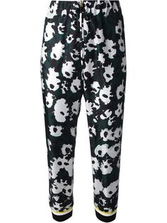 Shop Marni flower print trousers in Gaudenzi from the world's best independent boutiques at farfetch.com. Over 1000 designers from 300 boutiques in one website.
