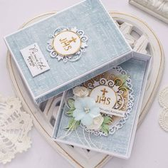 First Communion Cards, I Card, First Time, Decorative Boxes, Confirmation, Weird, How To Make, Instagram, Decorative Storage Boxes
