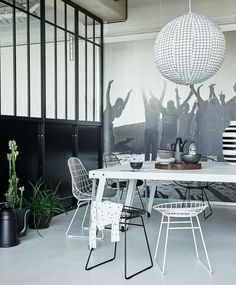 Industrial house, piece a vivre, contemporary interior, interior design ins Black And White Dining Room, Black And White Interior, Black White, Piece A Vivre, Contemporary Interior, Interior Design Inspiration, Interior Styling, Home And Living, Interior And Exterior