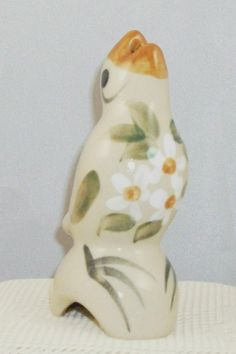 BEAUMONT POTTERY PIE BIRD/VENT WHITE FLOWERS - HAND-PAINTED ❤ ❤ ❤