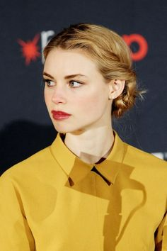 LUCY FRY | ЛЮСИ ФРАЙ